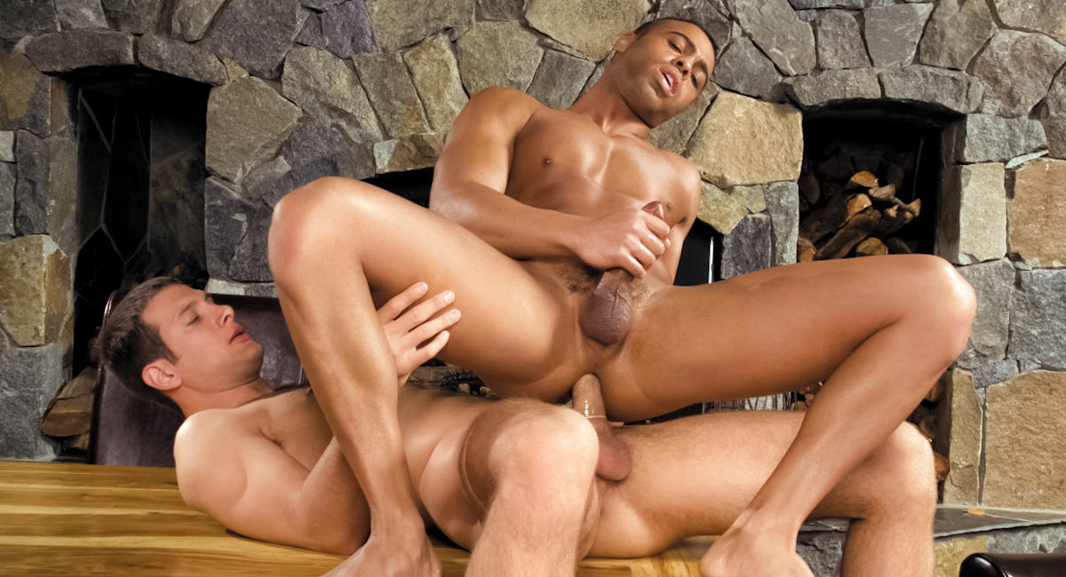 Gay Amateur Sex : Cabin Fever - part 1 - Micah Brandt -amp; Spencer Fox!