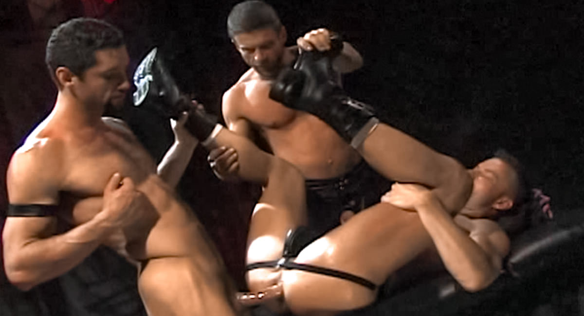 Fetish Force: Blake Harper, Boyd Thomas & Jackson Price - At Arms Length