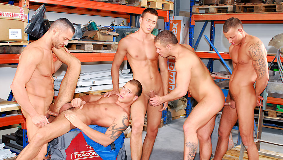 Enrico Belaggio, Jason V, Sergio Soldi, Jimmy V & Joey V – Fun With The Shop Foreman