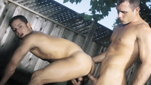 Sit Tight : Virgil Sainclair, Tristan Paris