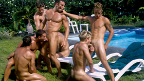 High Tide : Kyle Becker, Rod Barry, Anthony Shaw, Christopher Scott, Kristian Brooks, Travis Wade, Matthew Anders, Jake Andrews
