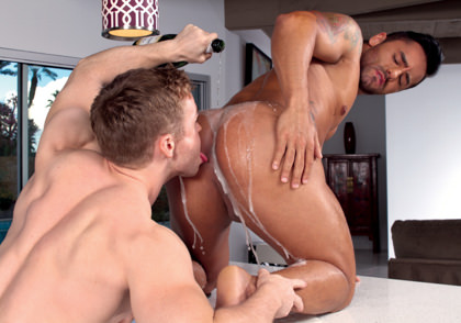 Falcon Studios: Gabriel Cross & Bruno Bernal - Heated 2