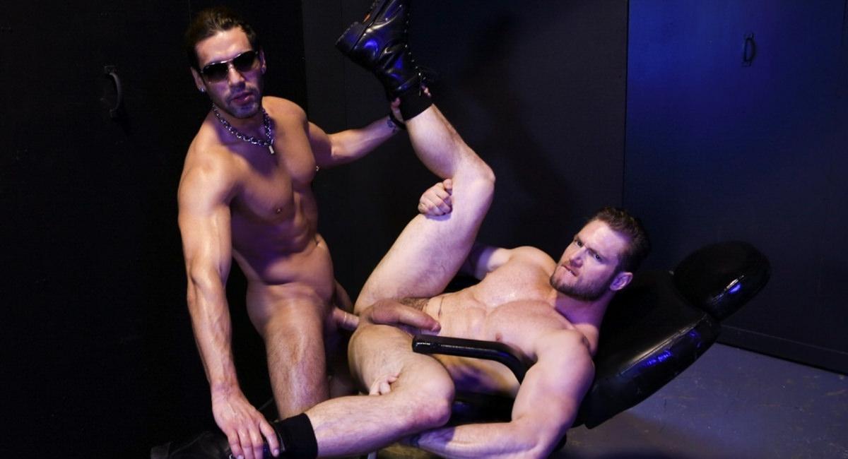 Extra Big Dicks: Alexander Garrett & Ace Era - Sex Club Fucking