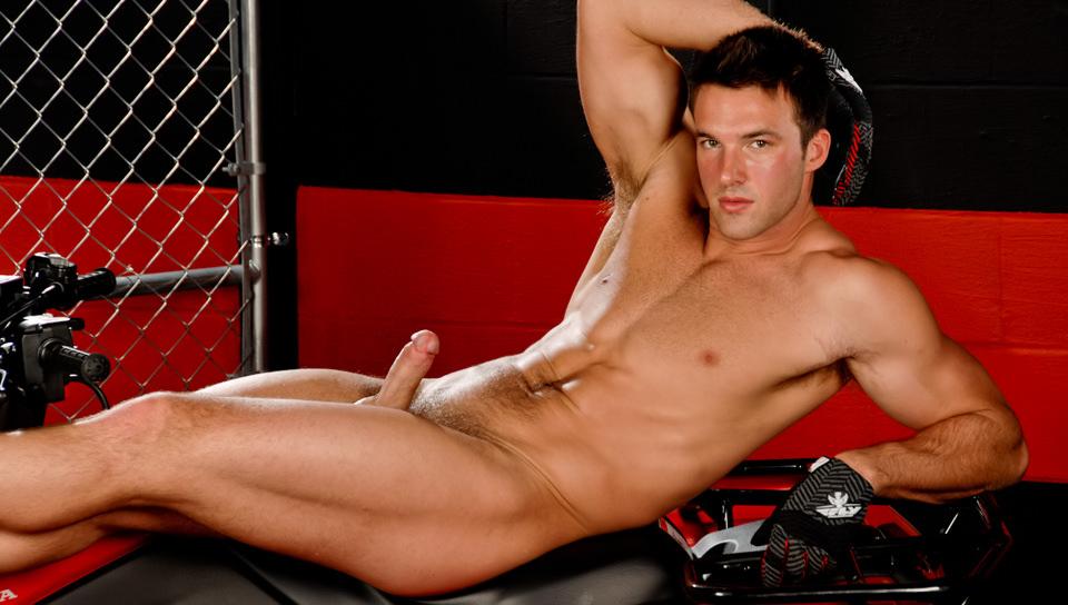 Gay Cum Sperm : In The Garage - Trystan Bull!