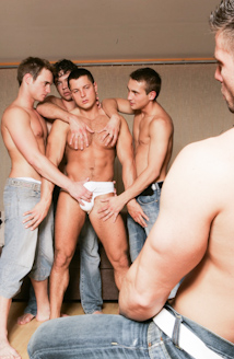 Julian Vincenzo Watches Glen Santoro, Joe Donovan, Jose Scott And Adam Kubick Fuck Picture