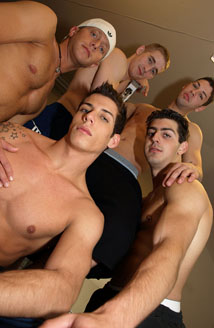 Anthony, Mason, JonnyT, Sebastian Taylor & Miguel Prange Picture