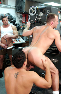 closed set vintage gay porn video